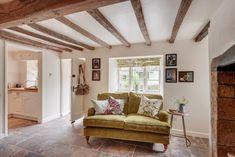 Romantic lovenest in Stoke Abbott, Dorset for discerning couples