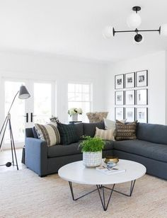 Home Interior Inspiration 70 Stunning Grey White Black Living Room Decor Ideas And Remodel living Living Room Modern, Home Living Room, Living Room Designs, Living Room Decor, Small Living, Coastal Living, Dining Room, Apartment Living, Studio Living