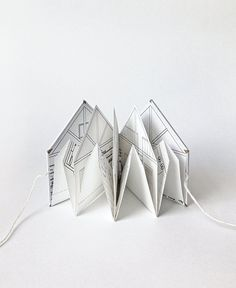 Paper Cabin small illustrated pop-up book 3/16 scale by pipsawa