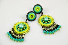 Lime green beaded earrings ♥
