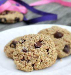 These delicious flourless chocolate chip cookies are crispy, soft, and chewy... all at the same time!