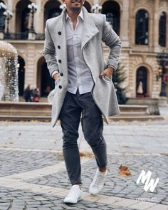 Casual Winter Outfits, Winter Fashion Outfits, Men Casual, Street Fashion Photoshoot, Mens Winter Coat, Moda Chic, Herren Outfit, Well Dressed Men, Mens Clothing Styles