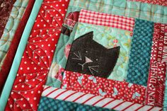 I love little projects! In our busy lives, there's always time to quilt something small. I also love log cabin quilt blocks. I have never de...