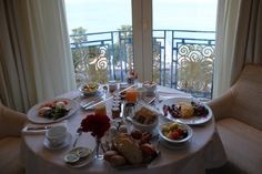 Review: Grand Hyatt Cannes - Hotel Martinez - http://youhavebeenupgraded.boardingarea.com/2016/03/review-grand-hyatt-cannes-hotel-martinez-5/