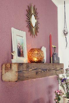 s & # Bastelkistle: {DIY} Wall shelf from an old wooden beam .- s& {DIY} Wandregal aus einem alten Holzbalken & Flur Umstyling s & # Bastelkistle: {DIY} wall shelf made of an old wooden beam & hallway restyling - Diy Rustic Decor, Wooden Decor, Wooden Crafts, Wooden Diy, Diy And Crafts, Wooden Beam, Diy Bathroom Decor, Diy Wall Decor, Mur Diy