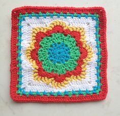 Spring Fling dishcloth,that might make doing dishes a little more fun!...FREE PATTERN!
