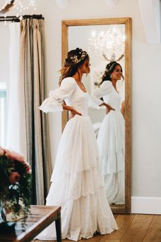 Lace Wedding Dressesdresses Rustic Wedding Sleeves Lace bridal gown L. - Lace Wedding Dressesdresses Rustic Wedding Sleeves Lace bridal gown Lantern sleeve wedding dress Source by - de novia de encaje mangas Rustic Wedding Dresses, Wedding Dress Trends, Best Wedding Dresses, Wedding Ideas, Weding Dresses, Vintage Wedding Gowns, Different Wedding Dress Styles, Wedding On A Budget, Wedding Planning
