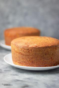 Easy Vanilla Sponge Cake Recipe - The Dinner Bite Easy Moist Chocolate Cake, Chocolate Sponge Cake, Vanilla Sponge Cake, Basic Sponge Cake Recipe, Sponge Cake Recipes, Eggless Vanilla Cake Recipe, Vanilla Cake From Scratch, Cake Ingredients, Savoury Cake