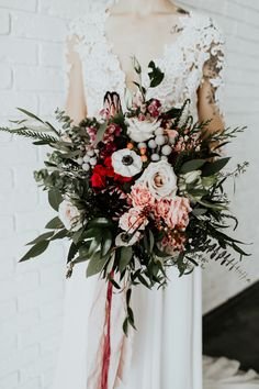 It isn't hard to fall in love with this Valentine-inspired wedding bouquet | Image by Alex Lasota Photography
