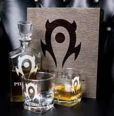 world of warcraft personalized whiskey gift set - Decanter Whiskey Glasses. The Horde team fan gift for groomsman. Whiskey Decanter, Whiskey Glasses, Groomsmen Gift Box, Groomsman Gifts, Whisky, Whiskey Gift Set, Beer Bottle Opener, Best Gifts For Men, Glass Boxes
