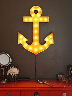 Anchor Indoor/Outdoor Marquee Light