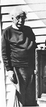 The last living photo of Albert Einstein.