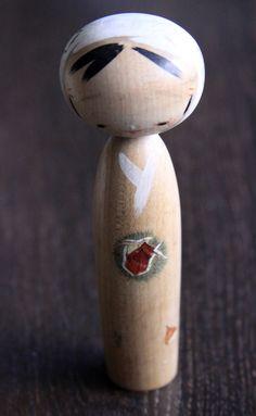 Kokeshi,Holzpuppe,Handmade,sehr schön,alt in Antiquitäten & Kunst, Internationale Antiq. & Kunst, Asiatika: Japan | eBay!