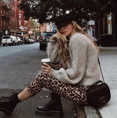 Manner News – What's Fashionable In - 30 Super Classy Trendy Outfit-inspiratie om dit jaar te dragen trendy classy outfits teenager m dchen schule school spring 2019 casuales juveniles junge m nner cute fashion Source by kimberlygneal - Legging Outfits, Sweater Outfits, Classy Outfits, Stylish Outfits, Cool Outfits, Fashion Outfits, Swag Fashion, Fashion Pics, Fashion Top