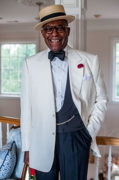 Articles of Style: Custom Menswear Made in America Mens Fashion Wear, Best Doctors, Handsome Black Men, Sartorialist, Fine Men, Fashion Images, Western Outfits, Hats For Men, Fashion Advice