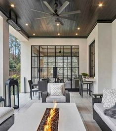 Houzz is the new way to design your home. Browse 20 million interior design photos, home decor, decorating ideas and home professionals online. Dream Home Design, My Dream Home, Home Interior Design, Interior Livingroom, Interior Designing, Interior Ideas, Dream House Exterior, Cheap Home Decor, Exterior Design