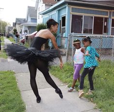 "🖤🖤🖤 Ballerina is wandering around inner city Rochester in a tutu to change stereotypes about women of color and inspire young kids. ""I remember growing up and in the bodega you'd see images of girls in bikinis on motorbikes. Black Dancers, Ballet Dancers, Afro, My Black Is Beautiful, Black Love, Ballet Beautiful, Black Girls Rock, Black Girl Magic, La Bayadere"