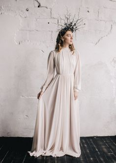 Long sleeve cotton wedding dress with handmade by CathyTelle. This is just beautiful