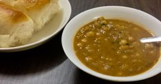 Goan Patal Bhaji is a spicy white peas coconut based curry served in local Goan cafes. Goan Recipes, Veg Recipes, Indian Food Recipes, Vegetarian Recipes, Dinner Recipes, Cooking Recipes, Healthy Recipes, Ethnic Recipes, Healthy Food