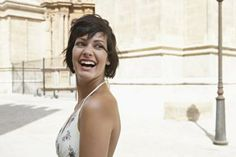 Low-Maintenance Short Hairstyles for Thick