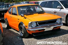 TE27 Corolla @ Mooneyes Japan.  I'm starting to dig these 60's and 70's Japanese cars!