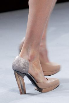 Loove them!  Nina Ricci Autumn/Winter 2014-15 Ready-To-Wear. Paris Fashion Week