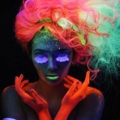 I know Nicole Gosney will see this at some point on my pintrest but lets do a black light shoot!!!