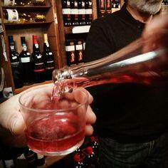 Ciriaco Yañez Mi primer vino espumoso semi dulce rosado. Y ha gustado mucho!!!