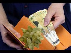 Bay Leaf in your Wallet - Strong talisman for attract money Magic Herbs, Herbal Magic, Hoodoo Spells, Witchcraft, Magick, Good Luck Spells, Money Prayer, Money Spells That Work, White Magic Spells