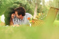 picnic engagement photography