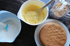 Krokankake med vaniljekrem - Krem.no Pastel, Icing, Ice Cream, Desserts, Food, No Churn Ice Cream, Tailgate Desserts, Cake, Deserts