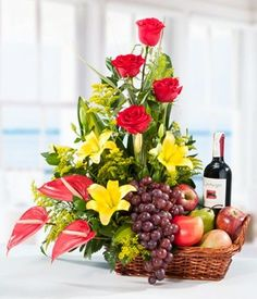 Get best price flowers for Oman offers same day flower delivery for Oman at very low rates. We send flowers to all cities and all flowers are delivered at right time. Rosen Arrangements, Unique Flower Arrangements, Edible Arrangements, Fruit Flower Basket, Hanging Flower Baskets, Flower Boxes, Online Flower Delivery, Balloon Flowers, Ikebana