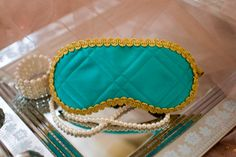 This handmade sleep mask made in the style of the movie Breakfast at Tiffany's (1961). Audrey Hepburn was remarkably charming in the role of Holly Golightly and even presently inspires many different people from all over the world. That's why I am glad to offer a themed sleep mask made of top quality materials. This is not just a decorative adornment, but practical accessory for everyday use. Each sleep mask I make from high quality felt, jacquard, satin and inner side is always trimmed…