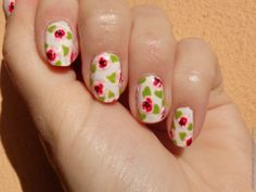 Roses on my nails (rose nail art, rose manicure, pink, green, white)