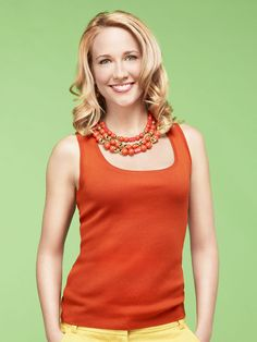 Okay...I admit...Anna Camp is very good looking.