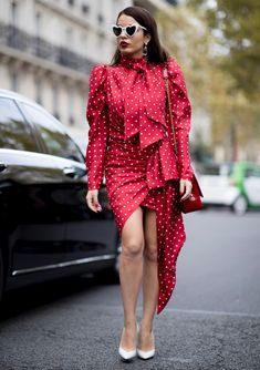 f932e547ad49 8 Street Style Trends We Spotted at Fashion Week to Copy STAT