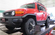 FJ Cruiser in for Bilstein Leveling Struts & Rear Shocks at Dales Auto Service