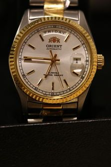 FS: Orient 2EV03001 Day Date Oyster $189 Thumb 2
