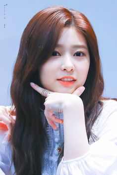 Yuri, Korean Girl, Asian Girl, Japanese Girl Group, Beauty Advice, Kim Min, Her Smile, The Wiz, Sweet Girls