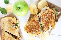 Brie, Fig and Apple Grilled Cheese Recipe #NationalGrilledCheeseDay