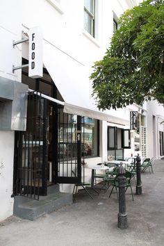 What Clarkes Dining Info Breakfast Lunch Dinner Drinks Where 133 Bar RestaurantCape