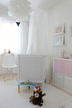 Puolitoistavuotiaan oma huone ja sen 5+1 säilytysratkaisua | Vauva