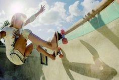 pool skating #skateboarder #1970's #pools #longboarding #skateboarding