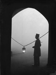 24 January 1934: Lincoln's Inn Fields.