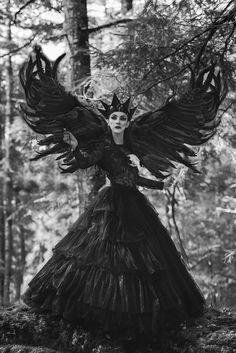 Jesus Fernandez – Mariana Cazzaro • Dark Beauty