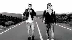 Nik & Jay - Mod Solnedgangen (OFFICIAL VIDEO) - YouTube