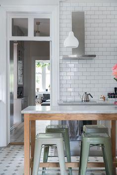 Rum, Interior, Table, House, Furniture, Diy Ideas, Home Decor, Kitchens, Neutral