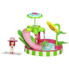 Strawberry Shortcake Splash-n-Petal Pool