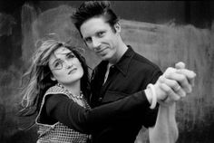 What a GORGEOUS photo of John Doe and Exene Cervenka. Look how young and in love they were. This photo, by the incredibly talented Laura Levine, captures such a beautiful moment in time. Exene Cervenka, 70s Punk, John Doe, Famous Couples, Great Bands, Beautiful Couple, New Wave, Punk Rock, Rock N Roll