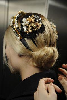 Dolce & Gabbana - Foto Backstage Sfilata Donna - Autunno Inverno 2013